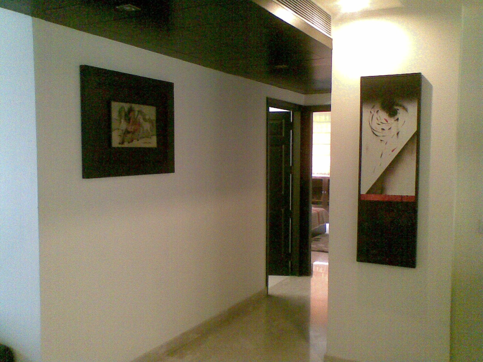 Gallery to rooms