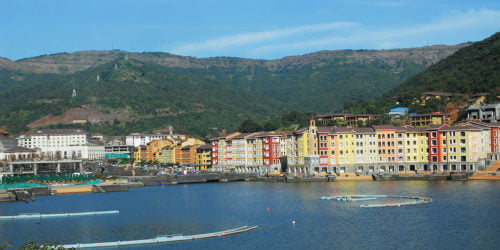 1024px-Lakeside_View_at_Dasve_-_Lavasa