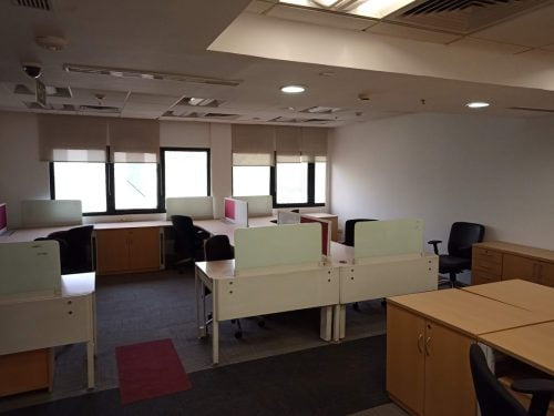 Commercial ready seats office space for lease in le-meridian commercial complex delhi call 9958959555