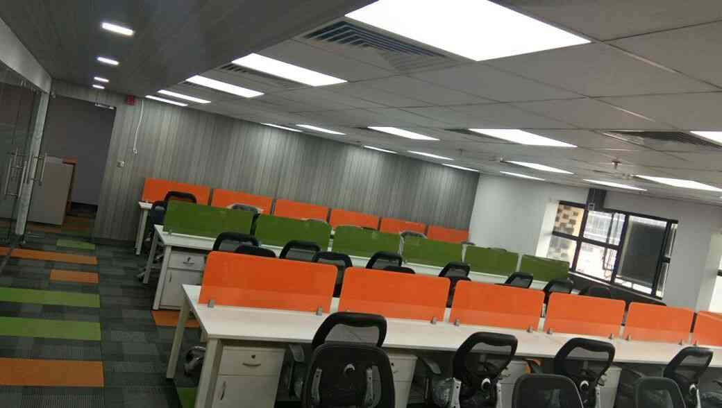 Commercial office for rent in NOIDA,